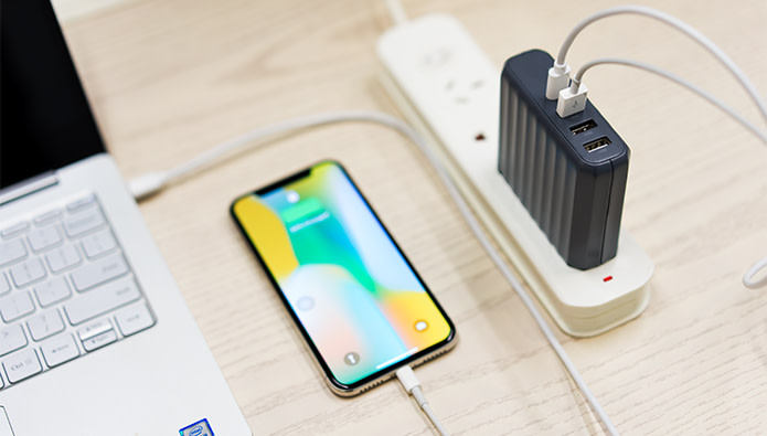 Zendure Charger for Both Laptop and Mobile