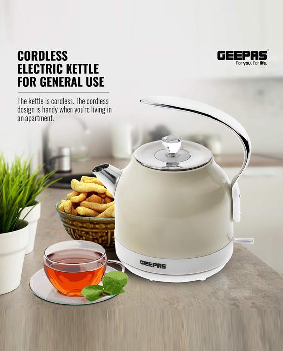 Geepas GK38017UK 2200W 1.5 liter Cordless Electric Kettle