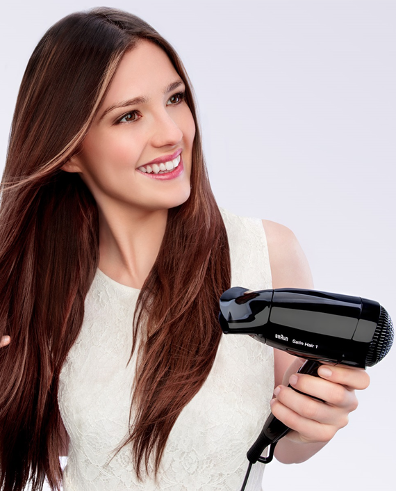 Braun Satin Hair 1 Style & Go Travel Dryer HD130 with Professional Style Nozzle