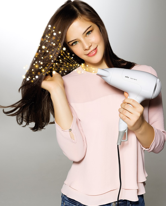 Braun Satin Hair 3 PowerPerfection Dryer HD380 with Ionic Function and Styling Nozzle