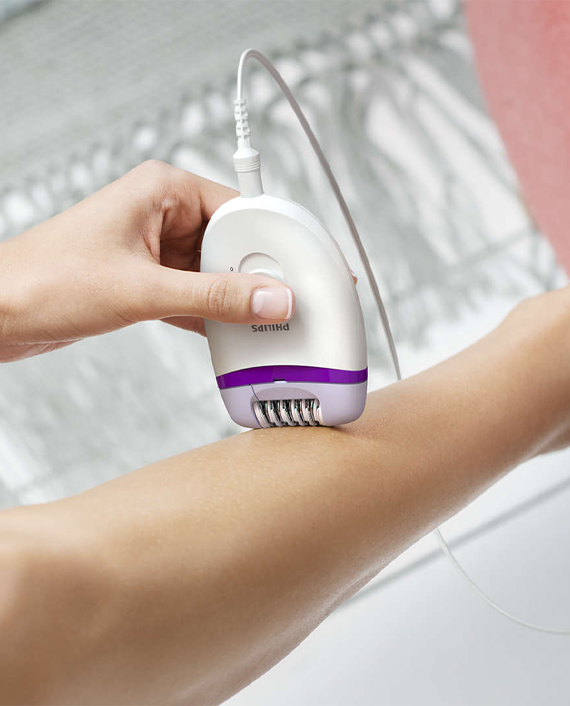 Philips BRE225/01 Satinelle Essential Corded Compact Epilator